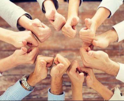 Team_Business_Group_Thumbs_Up_Microsoft_Teams.jpg